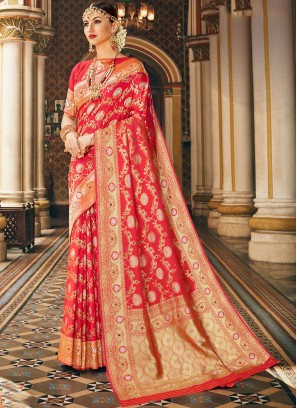 Bnarasi Silk Designer Saree in Pink with beautiful blouse