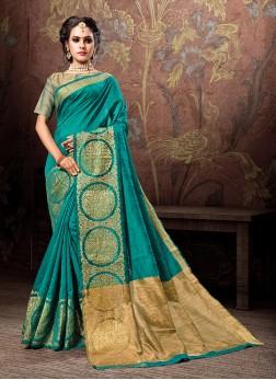 Beautiful Woven Designer Traditional Saree