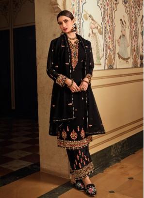 Captivate Thread Work Designer Salwar Suit In Full Black