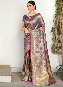 Classic Saree Abstract Print Silk in Blue
