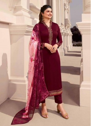 Crafty Embroidered Georgette Pakistani Suit In Maroon