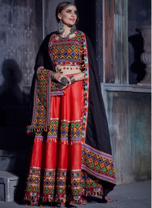 Distinctive Designer Lehenga Choli For Garba