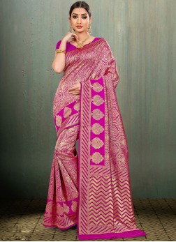 Fetching Banarasi Silk Magenta Woven Traditional Saree