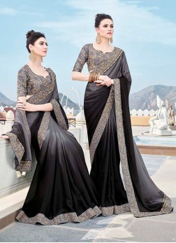 Flawless Trendy Saree For Mehndi