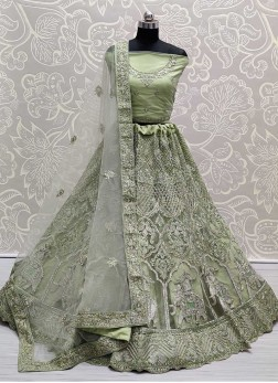 Grandeur Dori & Thread Work On Net Bridal Lehenga Choli in Light Green