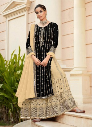 Great Designer Work On Salwar Suit In Black - Cream