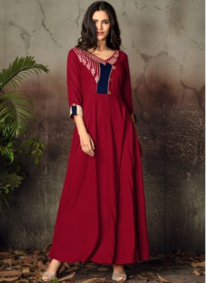 Hypnotizing Embroidered Party Party Wear Kurti