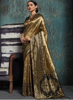 Immaculate Weaving Festival Designer Traditional Saree