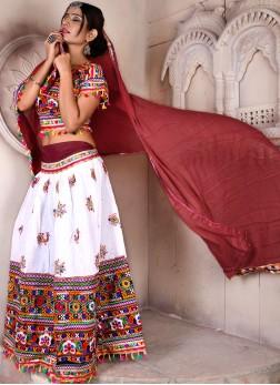 Intricate Embroidered Navratri chaniya choli