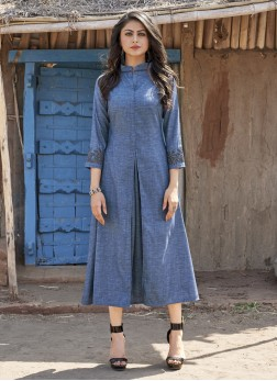 Intriguing Party Wear Kurti For Ceremonial