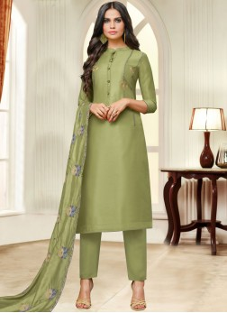 Invigorating Green Fancy Fabric Pant Style Suit