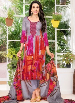 Karishma Kapoor Pant Style Suit