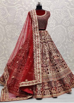 Look Gorgeous Bridal Embroidered Lehenga Choli In Maroon