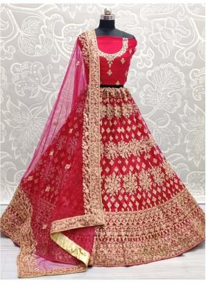Look Pretty Wedding Embroidery Lehenga Choli In Magenta