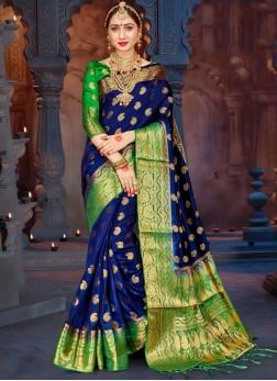 Mesmerizing Abstract Print Banarasi Silk Designer Saree