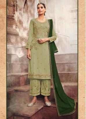 Pant Style Salwar Suit For Mehndi Ceremony Firozi Flower Design