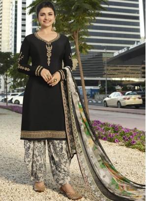 Perfervid Prachi Desai Black Faux Crepe Designer Pakistani Suit
