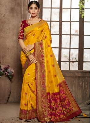 Praiseworthy Jacquard Silk Yellow Thread Designer Traditional Saree
