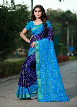 Prominent Tafeta Silk Bandhej Traditional Designer Saree