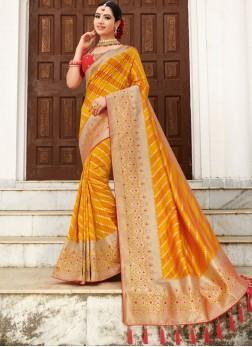 Resplendent Weaving Wedding Traditional Designer Saree