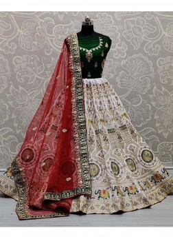 Traditional Panetar Embroidery Lehenga Choli In White - Green