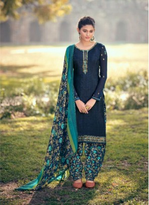 Zari Embroidery Salwar Kameez In Navy Blue