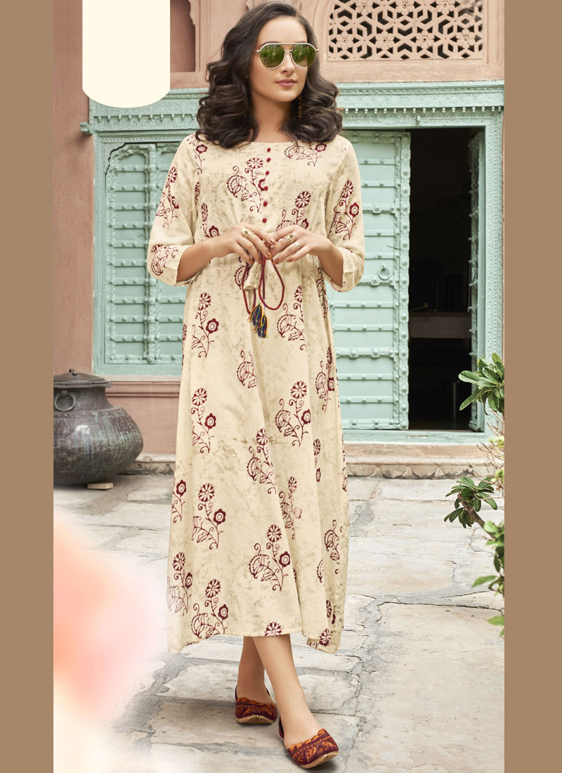 Auspicious Rayon Printed Party Wear Kurti
