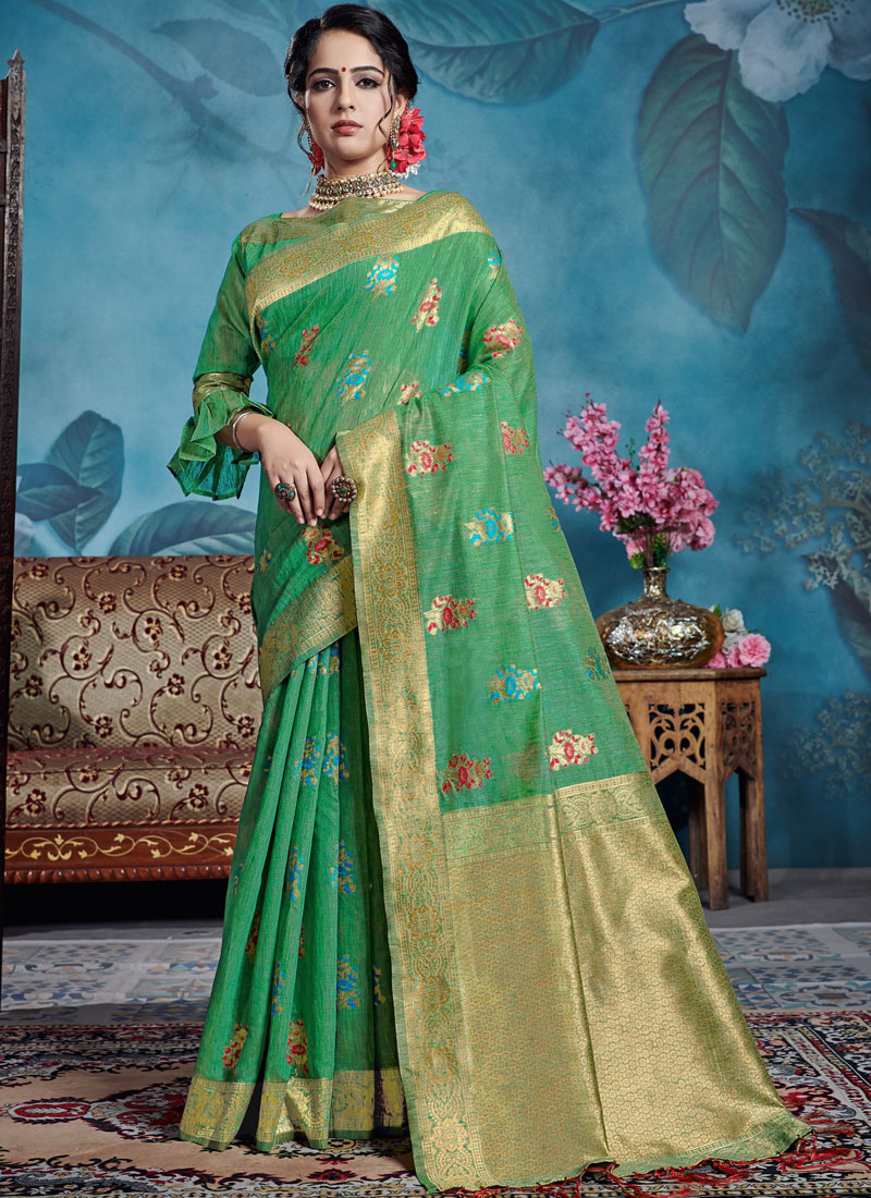 Beckoning Weaving Designer Traditional Saree