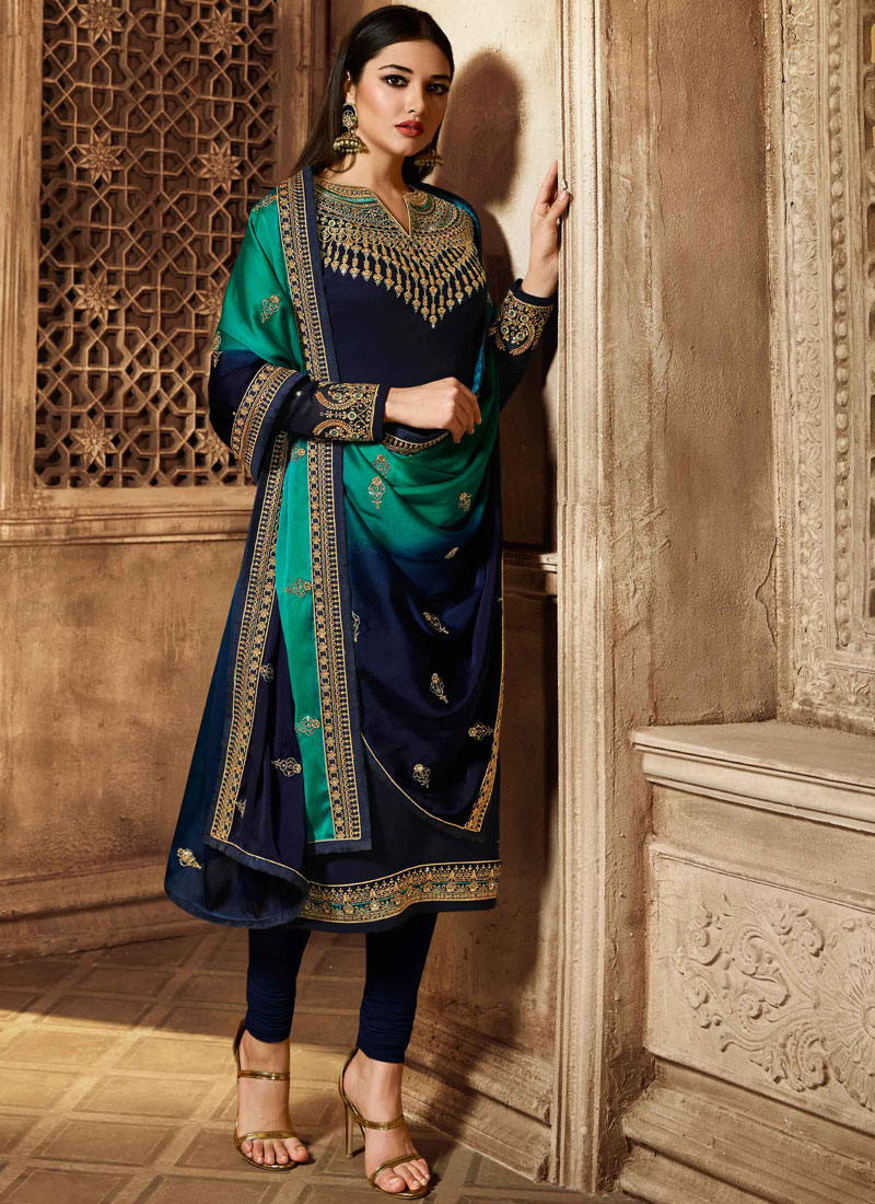 Churidar Salwar Kameez Resham Georgette in Blue