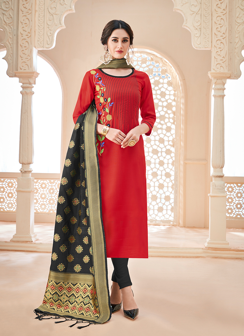 0670f1ee25 Cute Red Thread Churidar Salwar Kameez