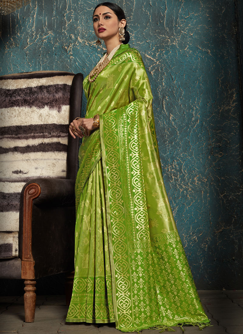 Green Ceremonial Kanchipuram Silk Traditional Saree