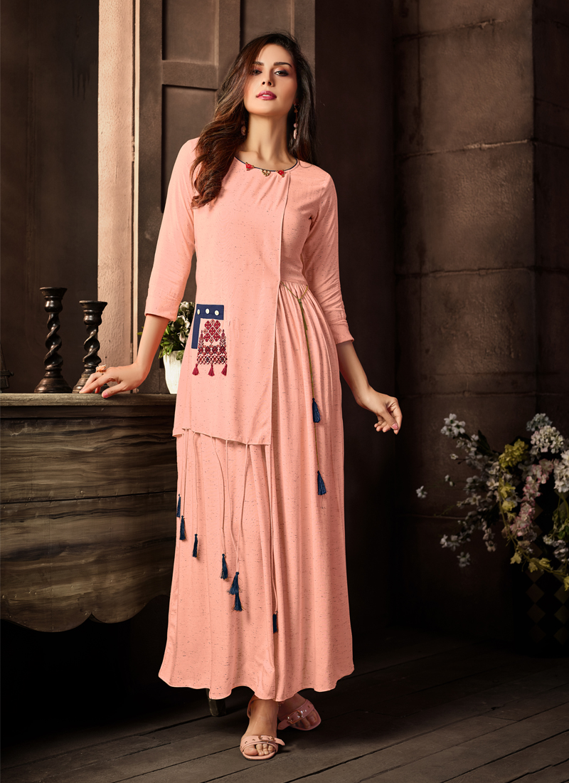 Gripping Rayon Pink Plain Party Wear Kurti