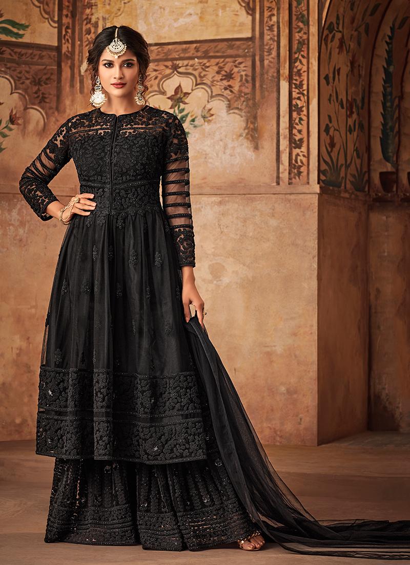 Groovy Embroidered Wedding Designer Pakistani Suit