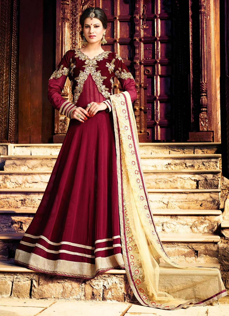 Hand Work & Embroidery Work Wedding Gown In Maroon