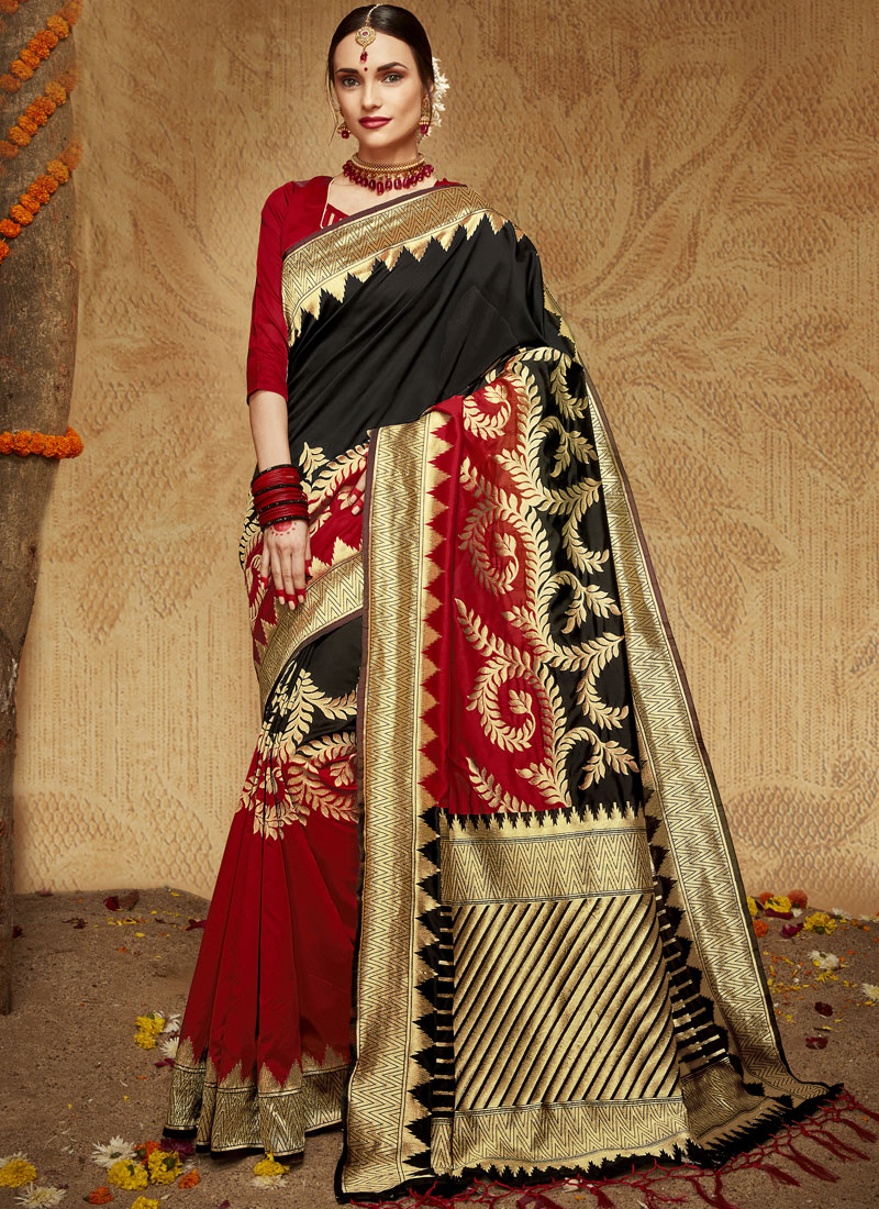 9536a96366 Kanchipuram Silk Designer Traditional Saree in Black and Red. Hover to zoom