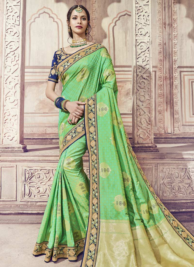 Mesmerizing Classic Saree For Wedding