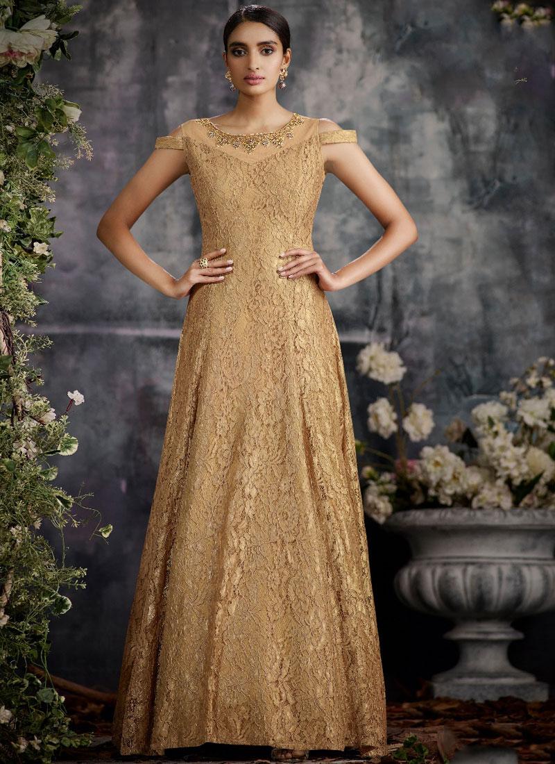 Perfect Jacquard Designer Gown